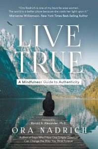 BOOKcover-LiveTrue-hiRes